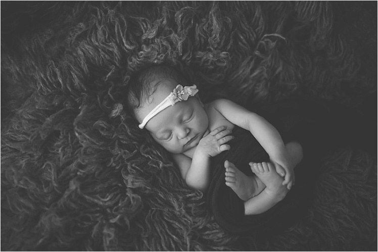 nh-new-hampshire-newborn-portraits-photography-photographer-lifestyle-exeter-hampton-bedford-epping-sesacoast-new-england-family-4